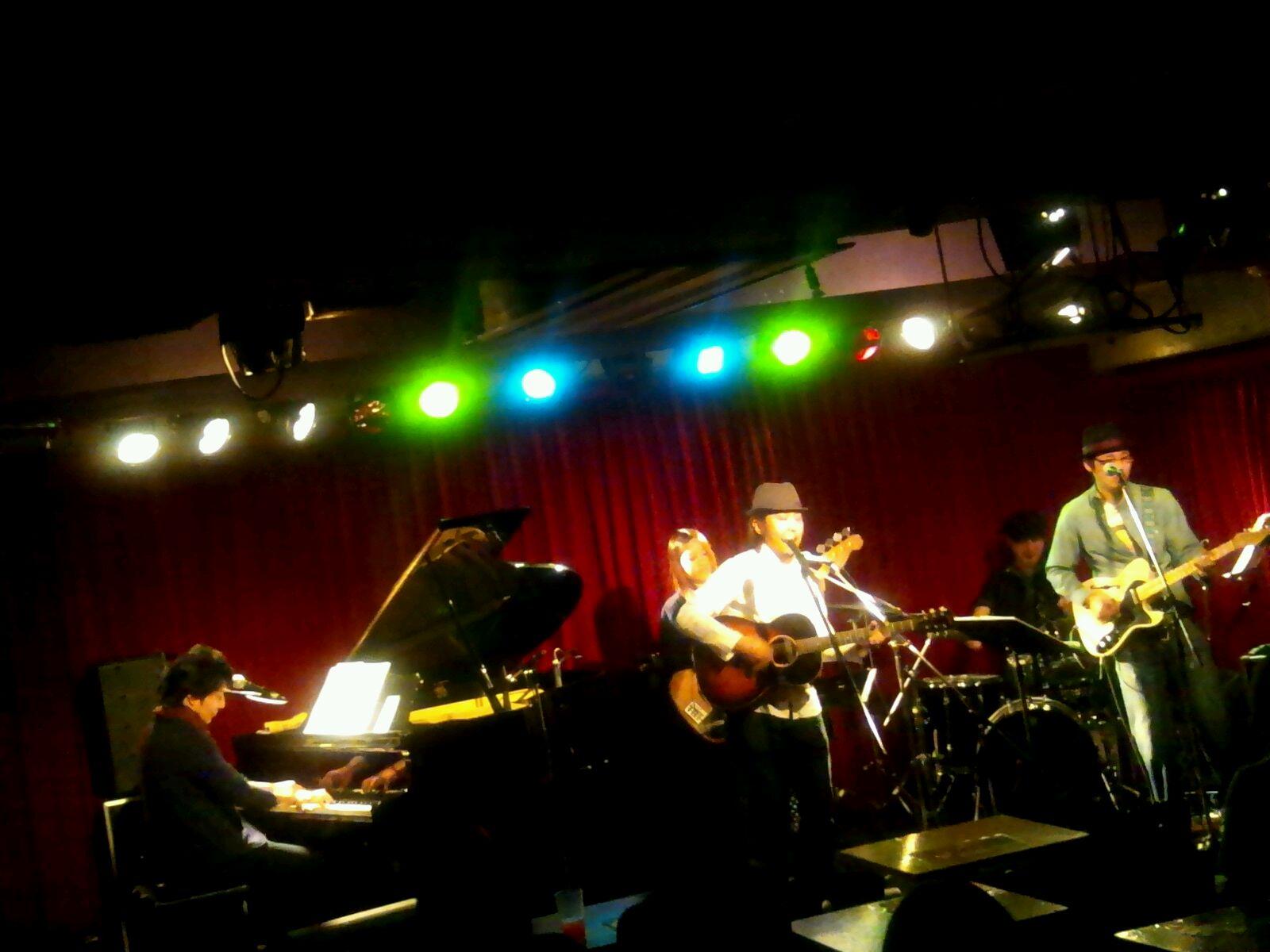 12/2「高橋てつやソロバンドライブ@渋谷セブンスフロア♪」。
